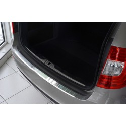 Ochranná nerezová lišta prahu piatych dverí Superb II Kombi Facelift 2013 - 2015