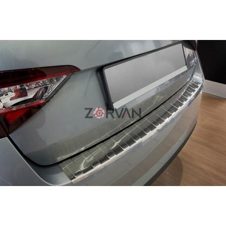 Ochranná nerezová lišta prahu piatych dverí Superb III Liftback 2015 -