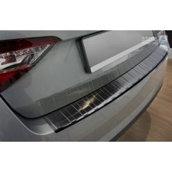 Ochranná nerezová lišta prahu piatych dverí (čierna)  Superb III Liftback 2015 -