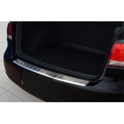Ochranná nerezová lišta prahu piatych dverí VW Golf VI 2008 - 2012