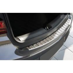 Ochranná nerezová lišta prahu piatych dverí Opel Astra K 2015 -