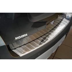 Ochranná nerezová lišta prahu piatych dverí Opel Mokka 2012 - 2016