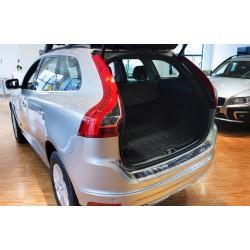 Ochranná nerezová lišta prahu piatych dverí Volvo XC60 2013 - 2017