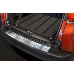 Ochranná nerezová lišta prahu piatych dverí Peugeot 2008 2013 -
