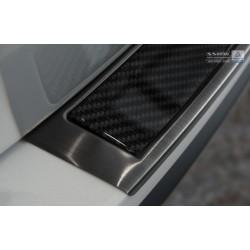 Ochranná nerezová lišta prahu piatych dverí (čierna / čierny carbon) Mazda CX-5 2012 - 2017