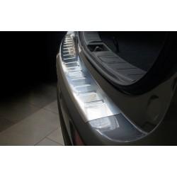Ochranná nerezová lišta prahu piatych dverí Mitsubishi Outlander III 2012 - 2015