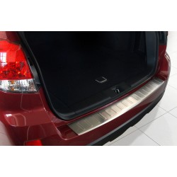 Ochranná nerezová lišta prahu piatych dverí Subaru Outback IV 2009 - 2014