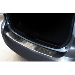 Ochranná nerezová lišta prahu piatych dverí Toyota Avensis III Kombi 2009 - 2015