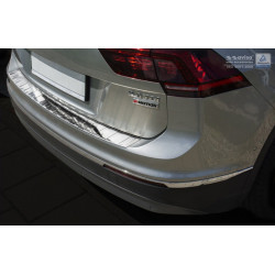 Ochranná nerezová lišta prahu piatych dverí (extra lesklá) VW Tiguan II 2016 -